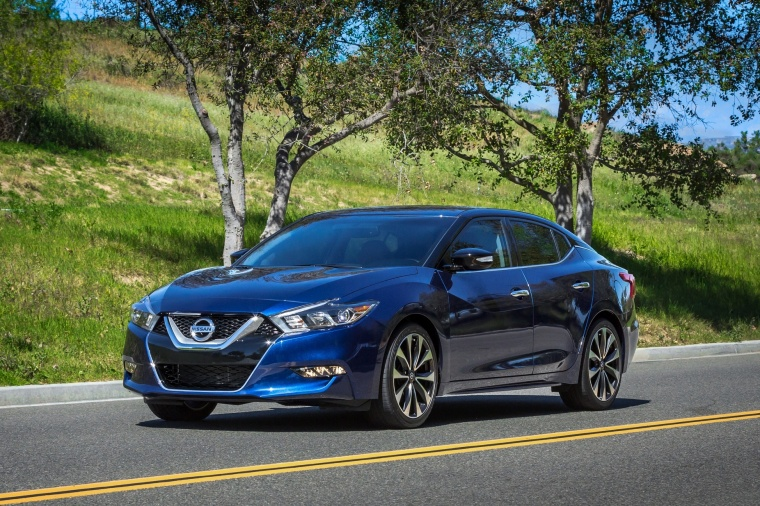 2017 Nissan Maxima SR Sedan Picture