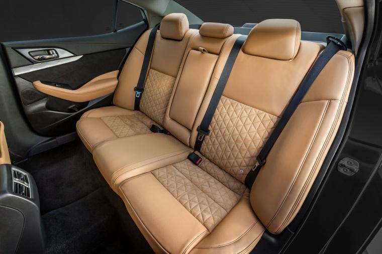 2017 Nissan Maxima SR Sedan Rear Seats Picture