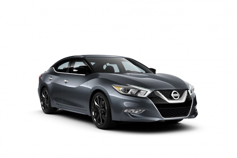 2017 Nissan Maxima SR Midnight Edition Sedan Picture