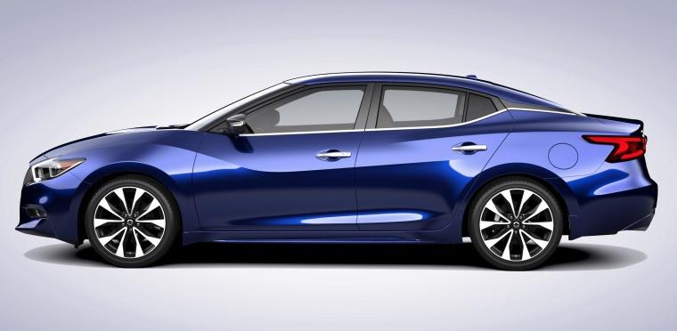 2017 Nissan Maxima SR Sedan Picture