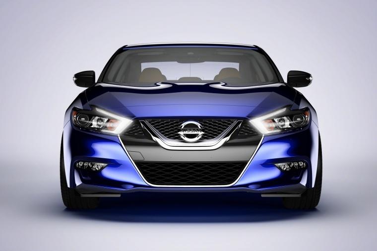 2018 Nissan Maxima SR Sedan Picture