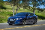 2018 Nissan Maxima SR Sedan in Deep Blue Pearl - Static Front Left View