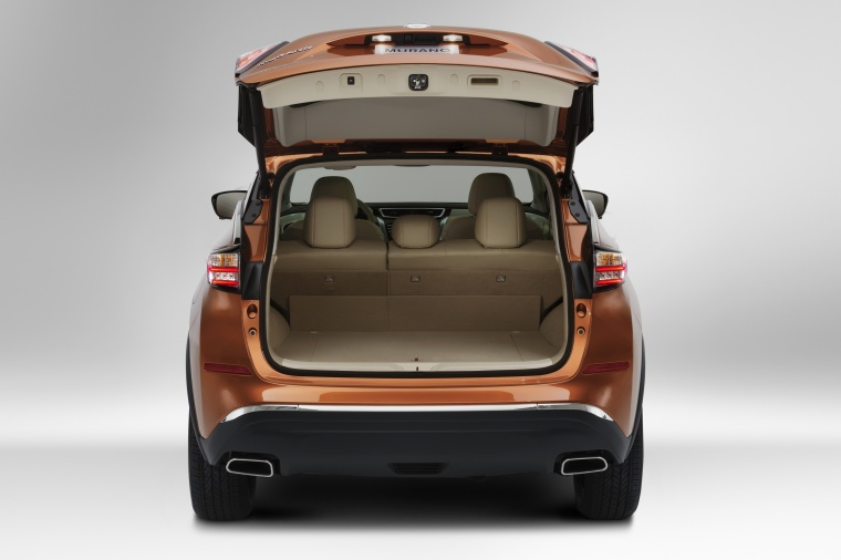 2018 Nissan Murano Trunk Picture