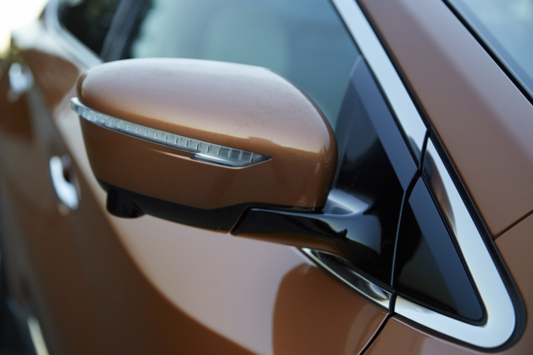 2018 Nissan Murano Platinum AWD Door Mirror Picture