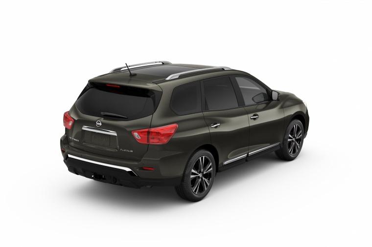2018 Nissan Pathfinder Platinum Picture