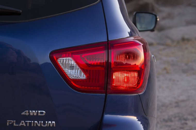 Picture of a 2020 Nissan Pathfinder Platinum 4WD's Tail Light