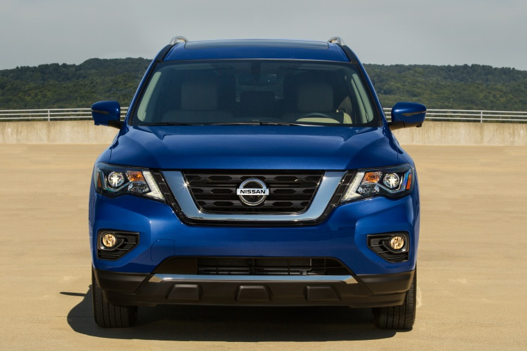 Picture of a 2020 Nissan Pathfinder Platinum 4WD in Caspian Blue Metallic from a frontal perspective