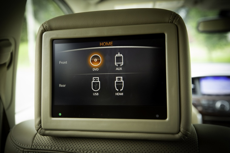 Picture of a 2020 Nissan Pathfinder Platinum 4WD's Headrest Multimedia Screen