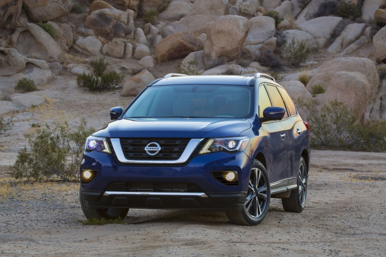 Picture of a 2020 Nissan Pathfinder Platinum 4WD in Caspian Blue Metallic from a front left perspective