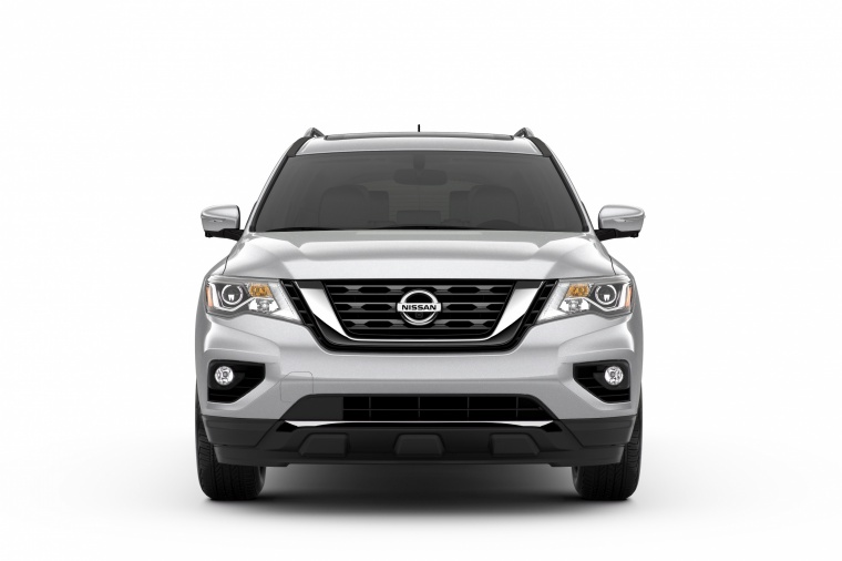 Picture of a 2020 Nissan Pathfinder Platinum in Brilliant Silver Metallic from a frontal perspective
