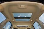 Picture of a 2020 Nissan Pathfinder Platinum's Moonroof