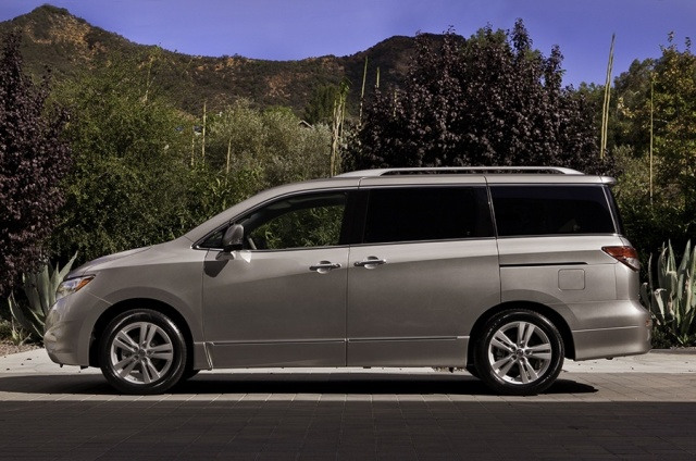 2011 Nissan  Quest Picture