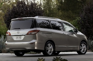 2012 Nissan  Quest Picture