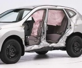 2010 Nissan Rogue IIHS Side Impact Crash Test Picture