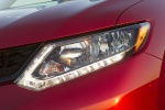 Picture of a 2016 Nissan Rogue SL AWD's Headlight