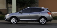 2014 Nissan Rogue Select Pictures
