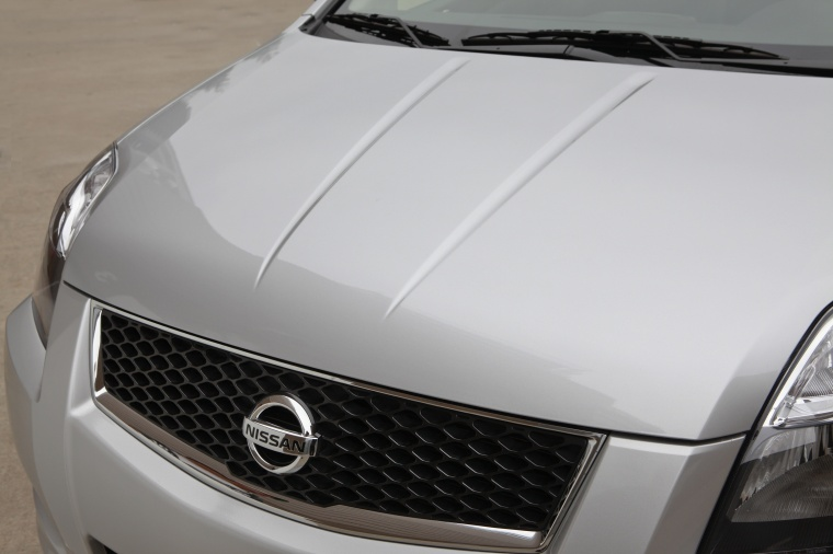 2012 nissan sentra sr special edition sedan grille picture pic image. Black Bedroom Furniture Sets. Home Design Ideas