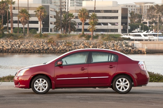 2012 Nissan  Sentra Picture