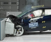 2012 Nissan Sentra IIHS Frontal Impact Crash Test Picture