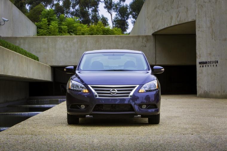 2013 Nissan Sentra SL Picture