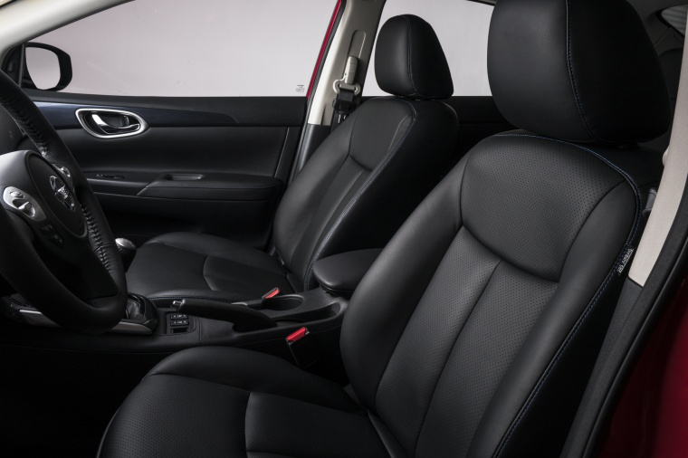 2017 Nissan Sentra SR Turbo Front Seats Picture