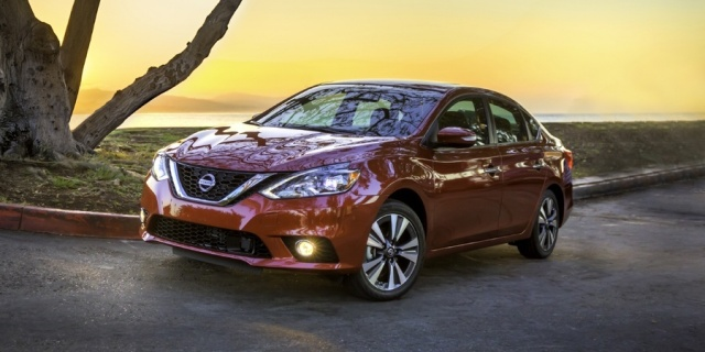 2018 Nissan Sentra Pictures