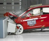 2011 Nissan Versa IIHS Frontal Impact Crash Test Picture