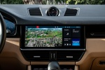 Picture of a 2019 Porsche Cayenne AWD's Navigation Screen