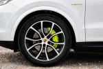 Picture of a 2019 Porsche Cayenne e-Hybrid AWD's Rim