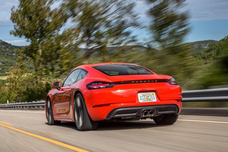 2018 Porsche 718 Cayman S Picture