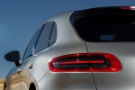 Picture of 2016 Porsche Macan Turbo Tail Light