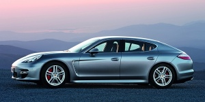 2010 Porsche Panamera Reviews / Specs / Pictures / Prices
