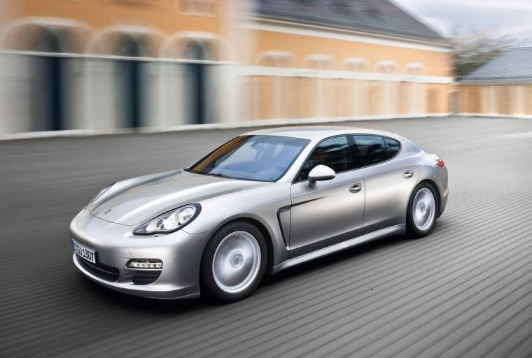2012 Porsche Panamera Picture