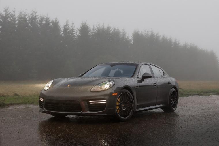 2014 Porsche Panamera GTS Picture