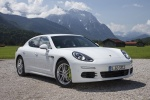2014 Porsche Panamera S e-Hybrid in White - Static Front Right View