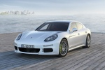 2014 Porsche Panamera S e-Hybrid in White - Static Front Left View