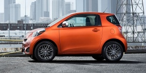2015 Scion iQ Pictures