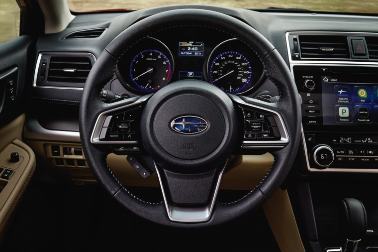 2018 Subaru Legacy 3.6R Steering-Wheel Picture