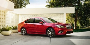 Subaru Legacy Reviews / Specs / Pictures / Prices
