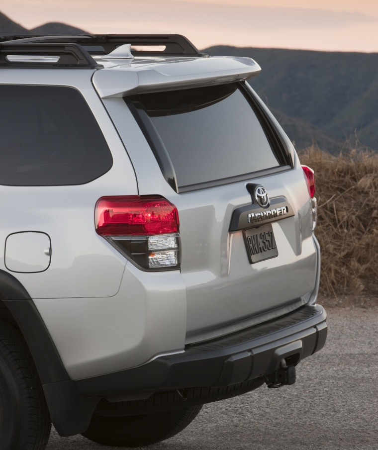 2011 Toyota 4runner Trail Tail Light Picture Image