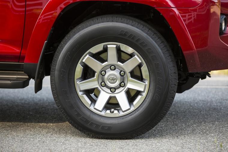 2018 Toyota 4Runner TRD Off Road Rim Picture