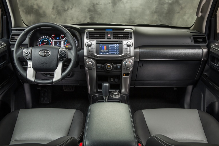 2018 Toyota 4Runner SR5 Cockpit Picture