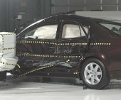 2010 Toyota Avalon IIHS Side Impact Crash Test Picture