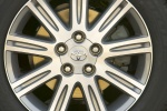 Picture of 2010 Toyota Avalon Limited Rim
