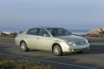 Picture of 2010 Toyota Avalon XLS in Silver Pine Mica