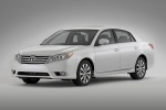Picture of 2012 Toyota Avalon in Blizzard Pearl