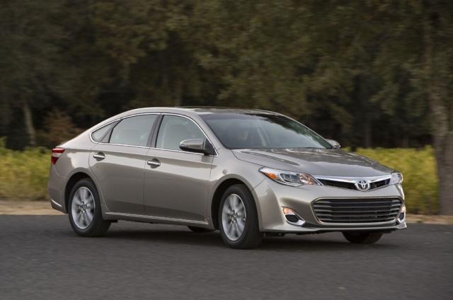 2013 Toyota  Avalon Picture