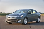 2013 Toyota Avalon Hybrid in Magnetic Gray Metallic - Static Front Left Three-quarter View