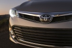 2014 Toyota Avalon Limited Headlight
