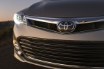 Picture of 2015 Toyota Avalon Limited Headlight